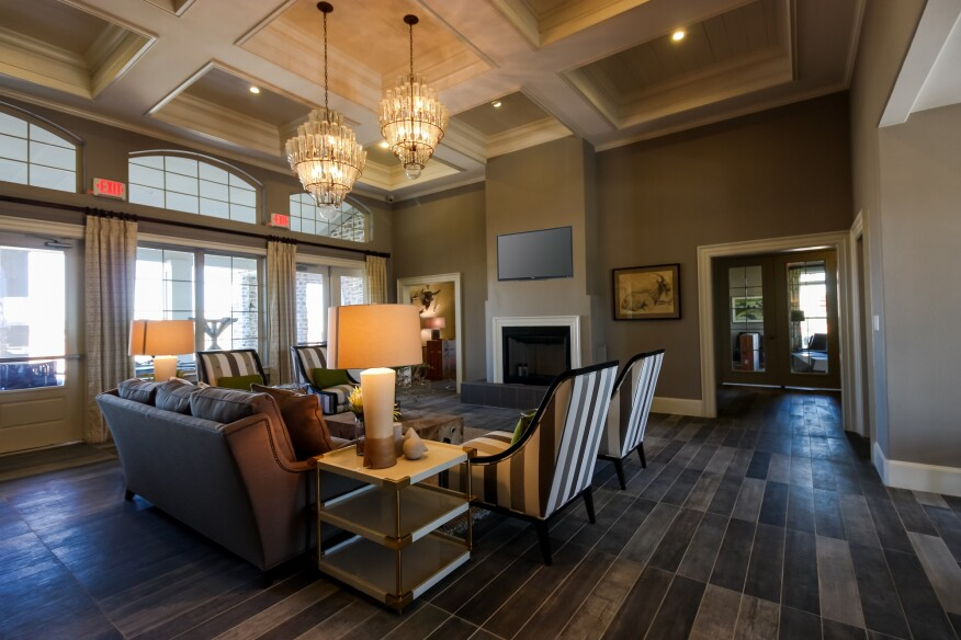 Atlanta apartments, high-end market, luxury apartments, amenities
