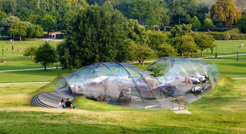London Start-Up Designs Smart Glass Living Space