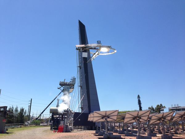 One of CSIRO's central-receiving towers creating solar steam.
