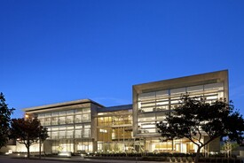 UCLA Outpatient Surgery and Oncology Center