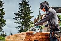 Is Makita's Cordless Wormdrive Saw a Game-Changer?
