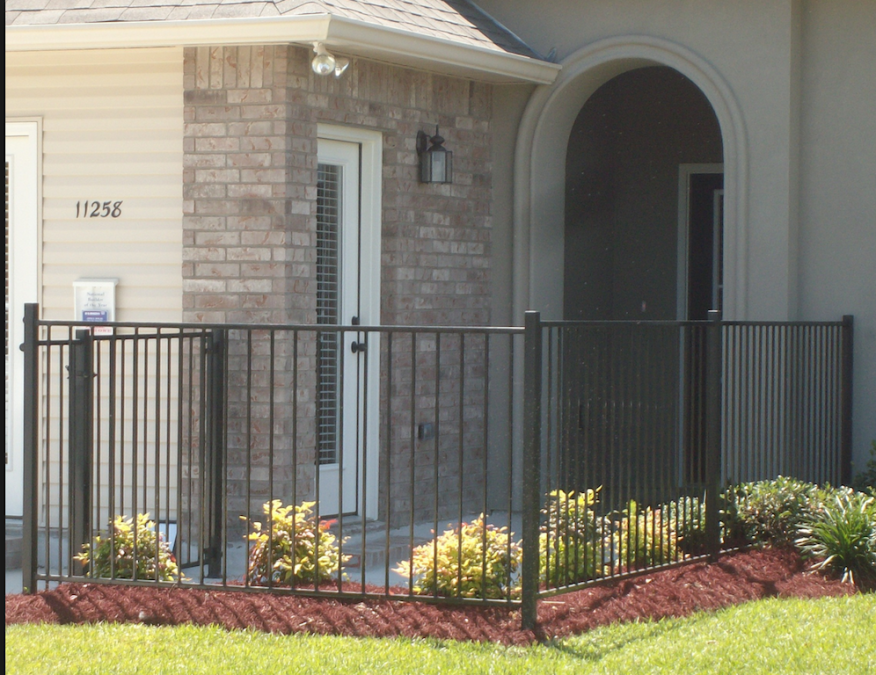 Trap fences are a common customer prospect management tactic among new home builders.