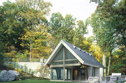 Pool House At Little Falls