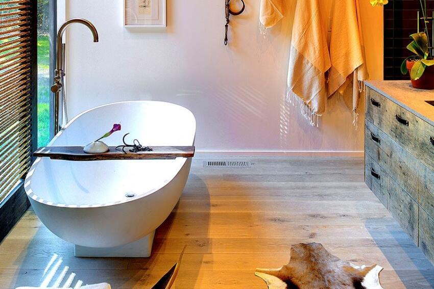 Robin's Way Master Bath