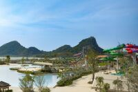 Thailand Welcomes Country's Largest Waterpark