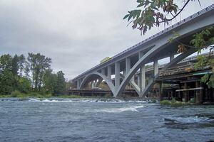 Customized Concrete Mixes Fortify I-5 Willamette River Bridge