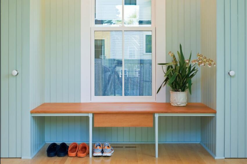 Estes/Twombly's Shoe Bench Organizes a Massachusetts Mudroom