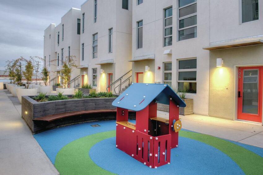 Oakland Project Serves Families, Revitalizes Neighborhood