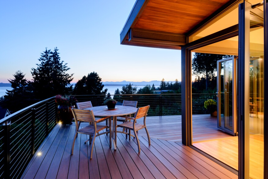 West Seattle residence with NanaWall