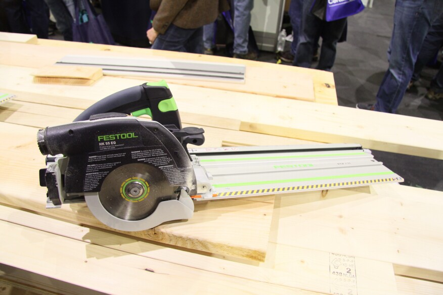 The saw, which is available in corded and cordless models, comes with three tracks, for cutting lumber of various widths.
