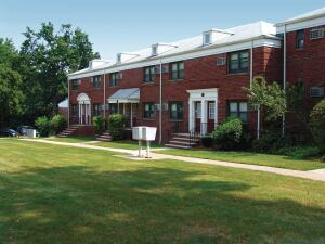 The 124-unit Skyline   Apartments in Hasbrouck   Heights, which Kushner Cos. acquired in July, marked the   firm's re-entry into New Jersey   after a five-year absence.