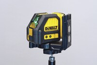 DeWalt Cross-Line Green Laser