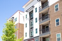 SmartStop Expands Into Residential Real Estate With The Summit