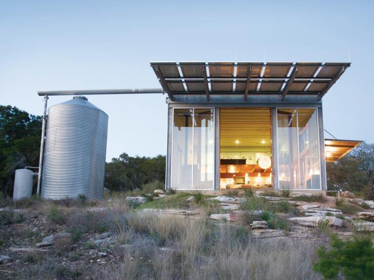 Mod Cott, Burnet, Texas