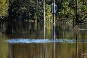 Hurricane Matthew's Flooding Punishes Carolinas