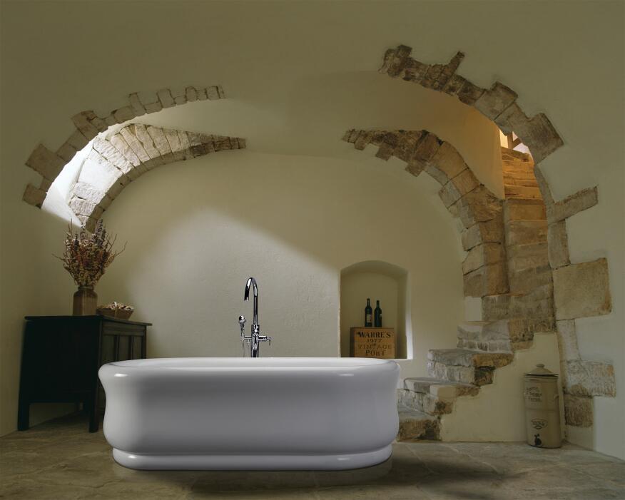 MTI's Parisian Beauty bathtub