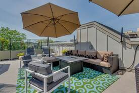 Vermont Avenue Roof Terrace