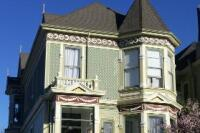 Famed Painted Lady Gets Modern Makeover