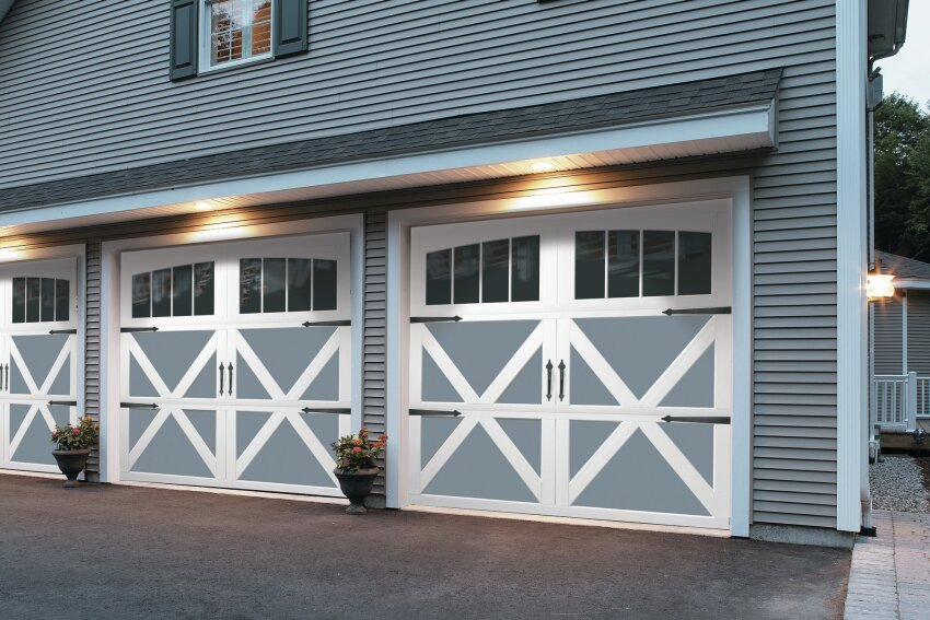 Bold Styling: Overhead Door Carriage House Collection