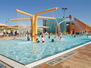 Judge's Comment: Scottsdale makes more of an impact with its three pools than some communities make with 10!