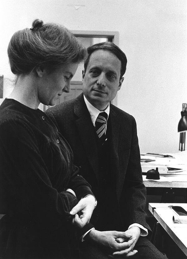 Denise Scott Brown and Robert Venturi.