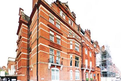 Knightsbridge Town House