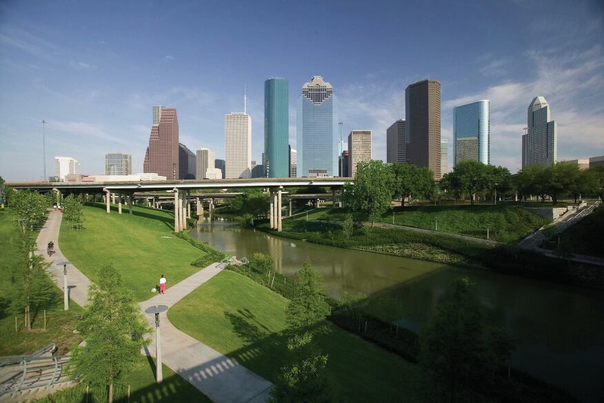 Located near the center of downtown Houston, Buffalo Bayou Park features 20 miles of bike and pedestrian trails.