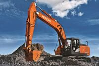 Excavator by Hitachi Boosts Productivity