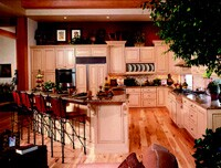 Callahan & Peters created a formal program to sell Bertch cabinetry to other contractors. The company hosted seminars and provided catalogs to introduce contractors to the range of available products.
