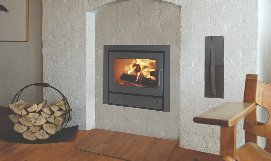 Manufacturer photoMorso. Made of high-grade cast iron to ensure effective combustion and heat-retention, the 5660 wood-burning stove insert is designed to be environmentally friendly.