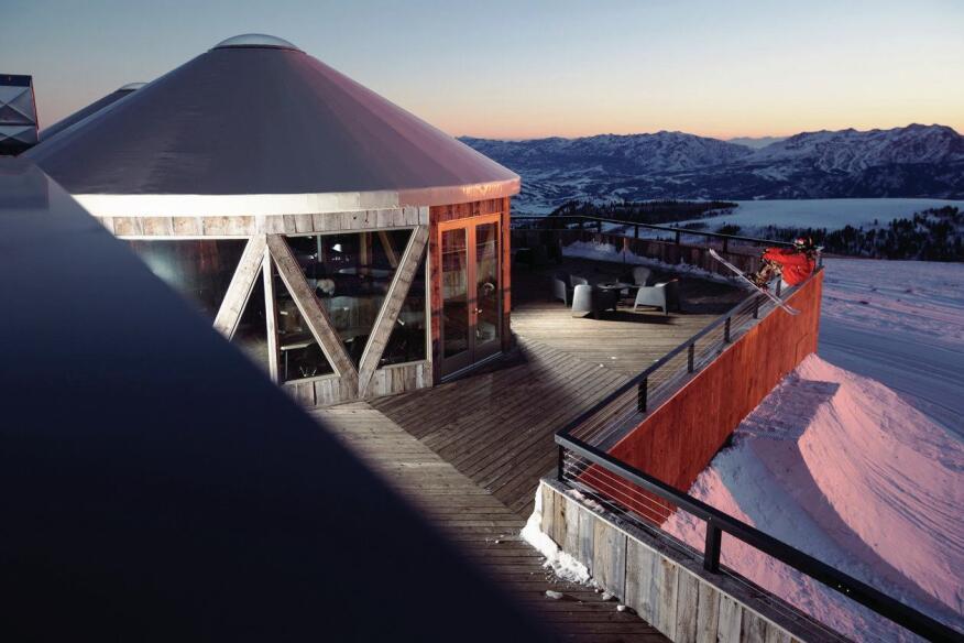 Summit Sky Lodge