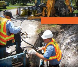 Crews install a new 2-inch HDPE water pipeline that — within a few hours — provides residents with better water pressure. Photos: Miami-Dade Water and Sewer Department