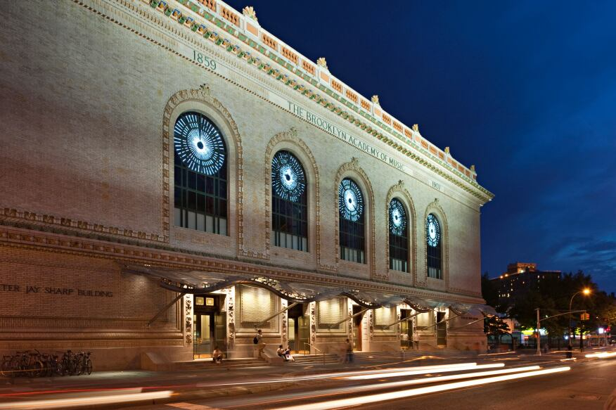 A winning submission: The 1908 façade of the Brooklyn Academy of Music (BAM) was recently updated by New-York based CBBLD withconcealed LEDs behind the canopy structure that can be programmed to create kaleidoscopic displays of color. Architect: H3 Hardy Collaboration Architecture.