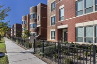 Scattered-Site Gwendolyn Place Elevates Public Housing in Chicago