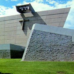 With its skewed walls, the St. Francis de Sales Church, built by Lombard in the 1960s, was one of the more challenging concrete projects on record (photo July 1996).