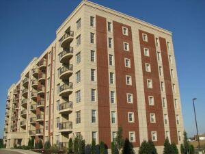 SOFTER MARKET: RMK Management Corp. has seen decreased leasing traffic and tougher renewals at its properties, such as this one, the Grove apartment community.