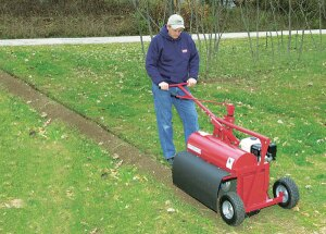 Little Beaver's Kwik-Trench tackles a wide range of applications, including installations of sprinkler systems and drainage lines, landscape edging and root pruning.