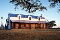 Texas-Sized Custom Houses in Classic Styles