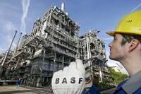 BASF Cuts Full-Year Profits Forecast