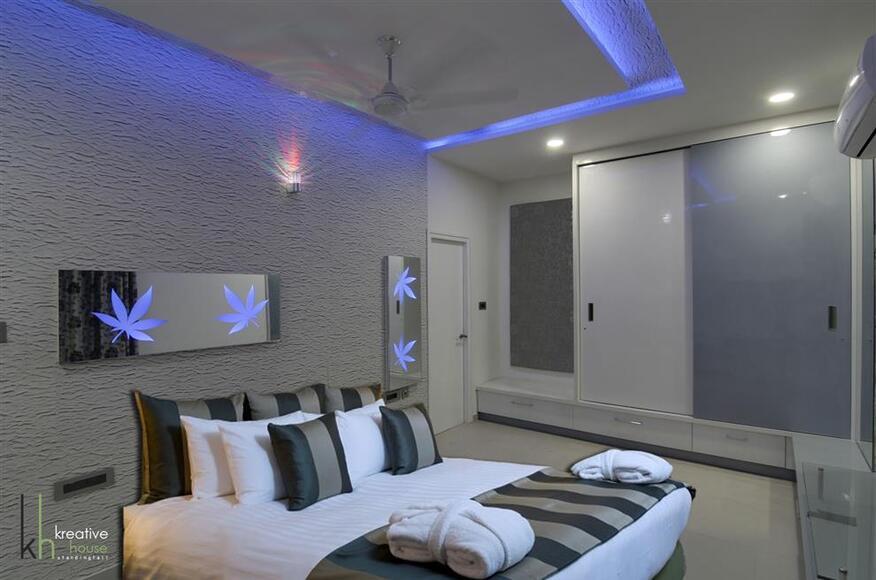 A SIMPLE AND ELEGANT TRIPLEX VILLA IN HYDERABAD Kreative House