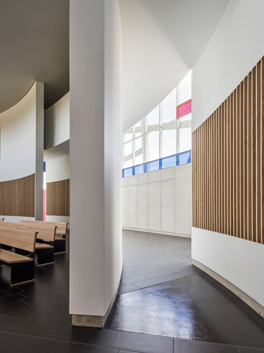 Hodgetts + Fung also designed the pews and other furnishings within the chapel.