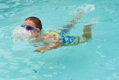 Study Shows Pools May Affect Hormone Levels in Boys