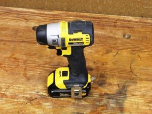 DeWalt DCF895 Brushless Impact Driver – shown here with compact battery. Let the teardown begin.