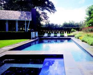 The pavilion links the existing house to the formerly awkwardly located pool. The architect incorporated the same architectural vocabulary from the pavilion to create a much more intimate outdoor space on the opposite side of the house.
