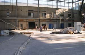 A portion of the concrete floor of the British Columbia Institute of Technology's aircraft repair hangar became delaminated because the concrete mix contained 28% fly ash.
