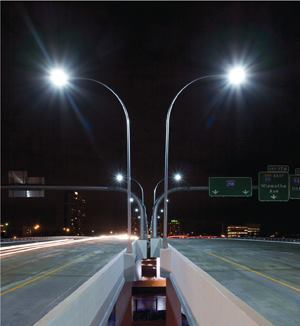 The first interstate highway application of LED luminaires with a NanoOptic refractor technology, the fixtures are spaced 150 feet apart along the center median and mounted 40 feet above the roadway. The housing holds 10 light bars with 20 white 6000K LEDs that deliver a lumen output of 17,000.
