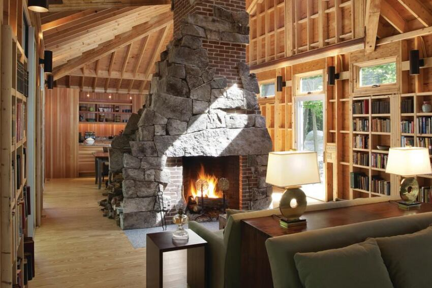Exposed Rafters in a Whimsical Roof Hit All the Right Angles