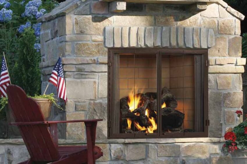 Extend the Season: Heatilator Castlewood Outdoor Fireplace