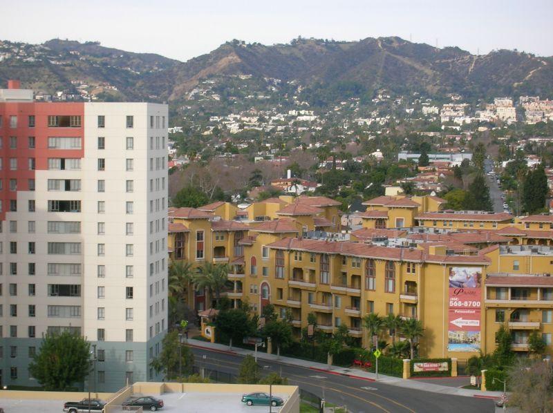 Park La Brea, Los Angeles.