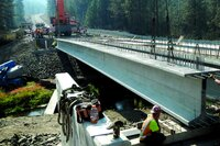 136-foot Super-Girder Used on Bridge Project